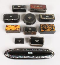 A COLLECTION OF THIRTEEN VICTORIAN SNUFF BOXES.