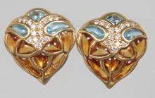 AN UNUSUAL PAIR OF YELLOW GOLD, AQUAMARINE and CITRINE PEAR SHAPED EARRINGS. <br>
