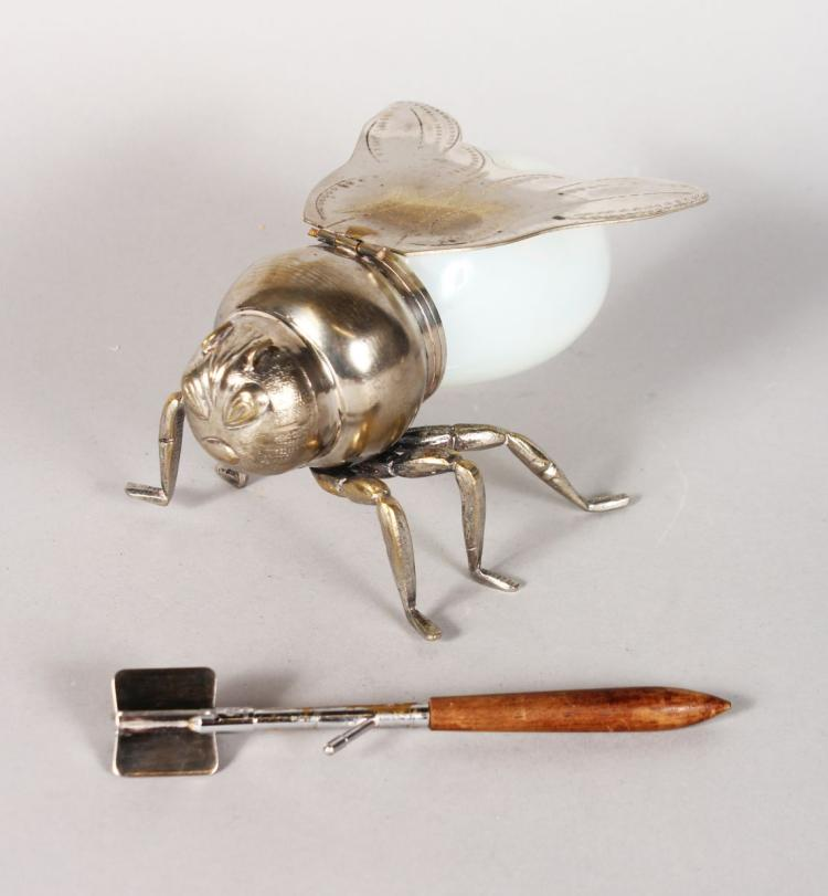 A HONEY BEE POT.