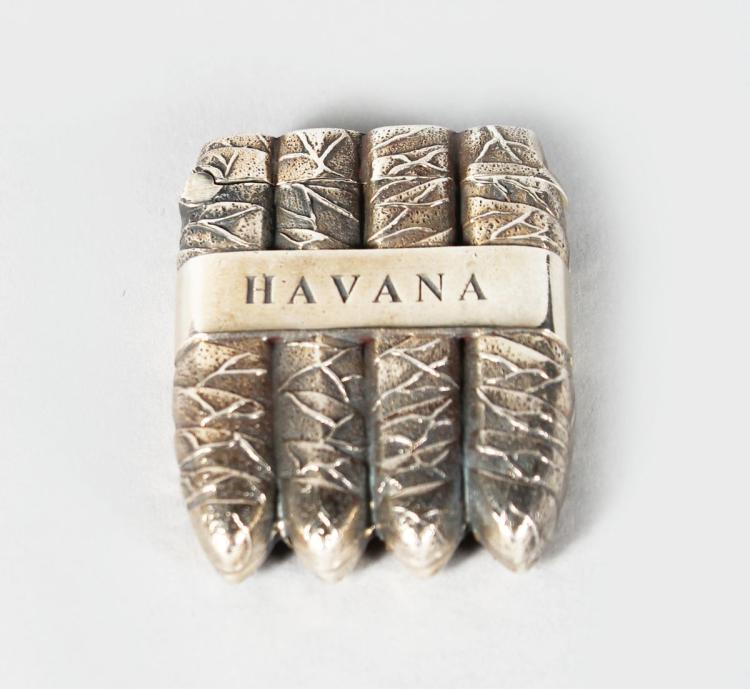 A NOVELTY SILVER HAVANA CIGAR CASE.