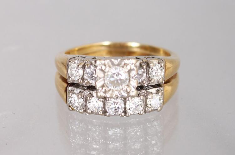 AN UNUSUAL 14K YELLOW GOLD AND DIAMOND SET DOUBLE ROW RING.