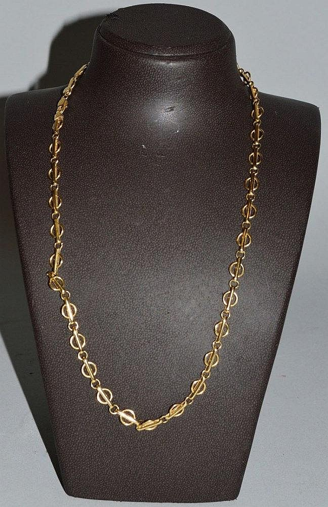 An Italian 14ct Gold Chain. Navajo Necklace. 12 Inch Gold Anklet. Style Rings. 10k Pendant. Wildlife Bracelet. Pearl Jewellery. Anklet Shop. St Christopher Medallion