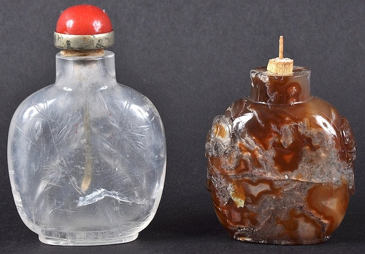 A 19TH CENTURY CHINESE CARVED ROCK CRYSTAL SNUFF