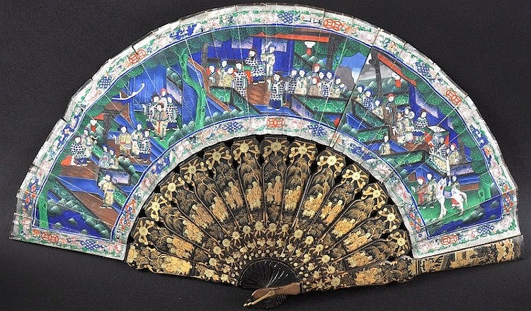 A 19TH CENTURY CHINESE EXPORT BLACK LACQUER FAN