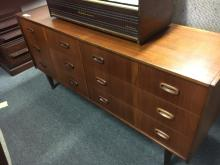 VINTAGE CHEST - 9 DRAWERS