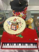 ROMPER ROOM KIDS PIANO/DRUM/TAMBORINE/HAND PUPPET