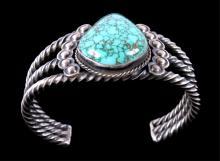 Navajo Turquoise & Silver Bracelet This piece show