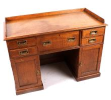 Early Architect's Quarter Sawn Oak Drafting Desk