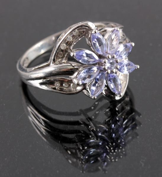 10K White Gold Sapphire & Diamond Flower Ring