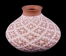 Mata Ortiz Lace Vase by Claudia Sanchez This is a