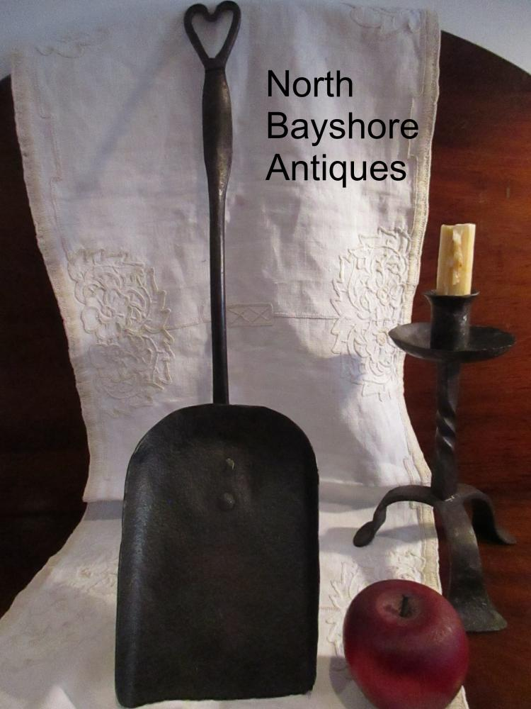 New England Open Hearth Wrought Iron Fireplace Shovel Heart 1700s