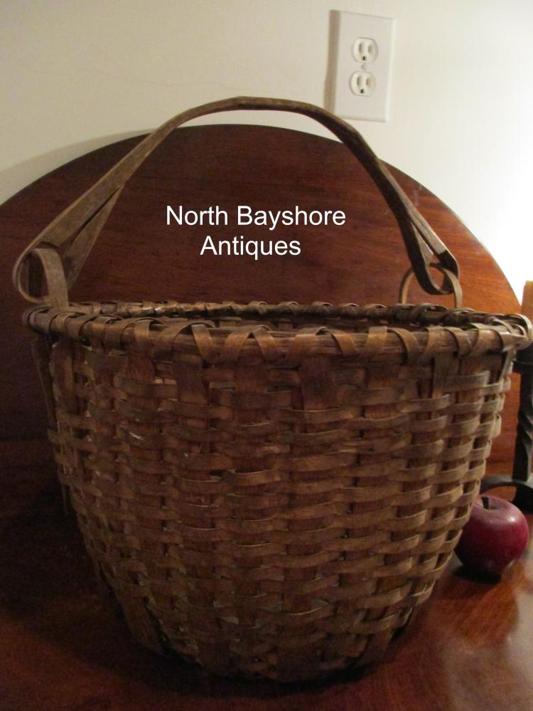 New England Shaker Black Ash Swing Handle Woven Splint Basket 1800s