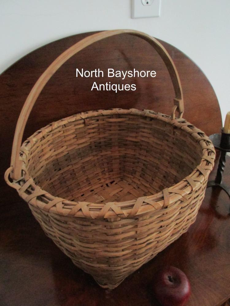 Taconic Taghkanic Bushwacker Swing Handle Woven Splint Basket 1800s