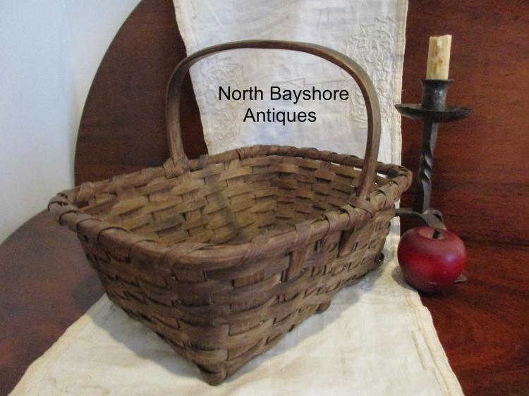 New England Black Ash Woven Splint Herb Gathering Basket 1800s