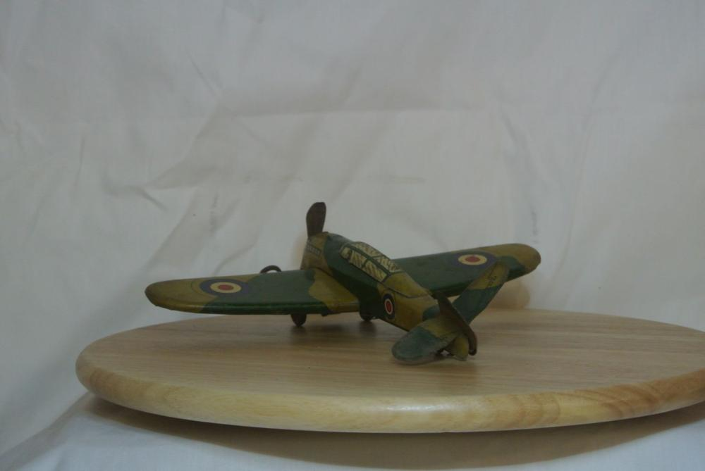 Lot 6: A vintage tinplate clockwork spitfire toy