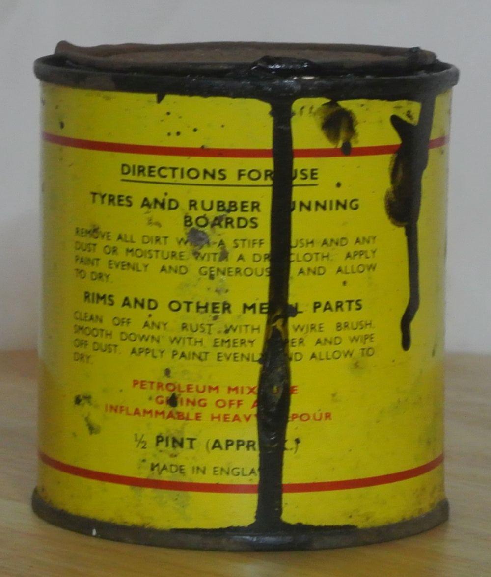 Lot 25: A vintage Dunlop Tyre & Rim Paint can.