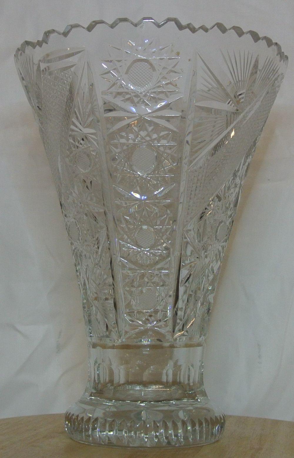 Lot 65: A large antique crystal vase