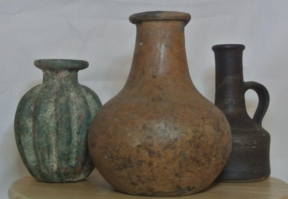 Lot 80: A collection of 3 antique/ ancient style ceramic vessels/ pots.