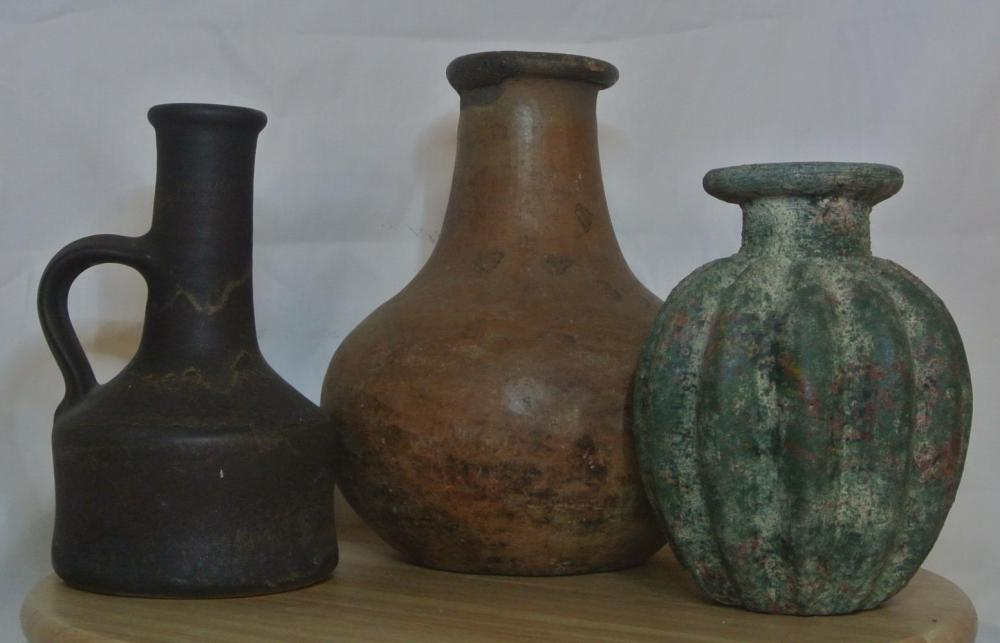 A collection of 3 antique/ ancient style ceramic vessels/ pots.