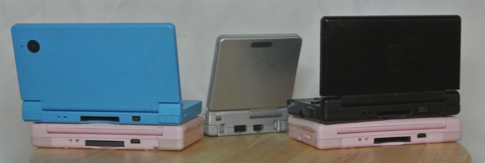Lot 84: An assortment of various Nintendo handheld consoles