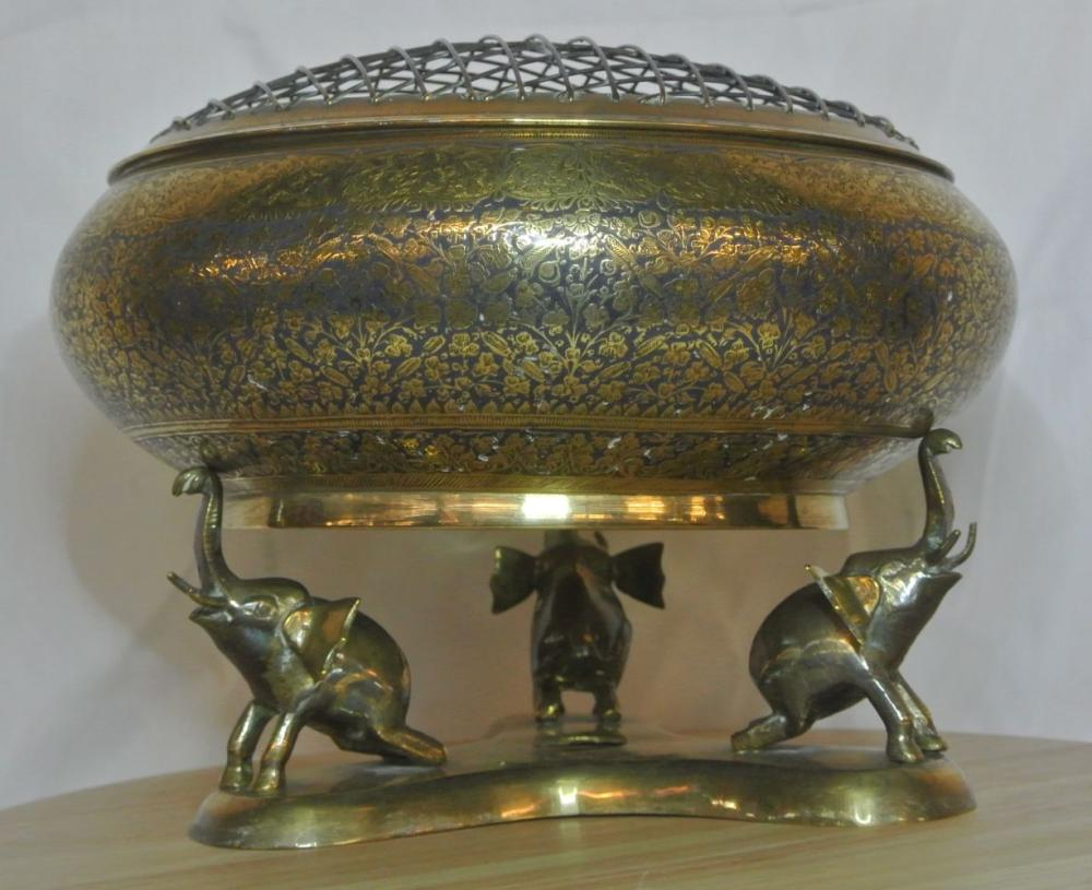 Lot 113: A large brass Middle Eastern rose bowl