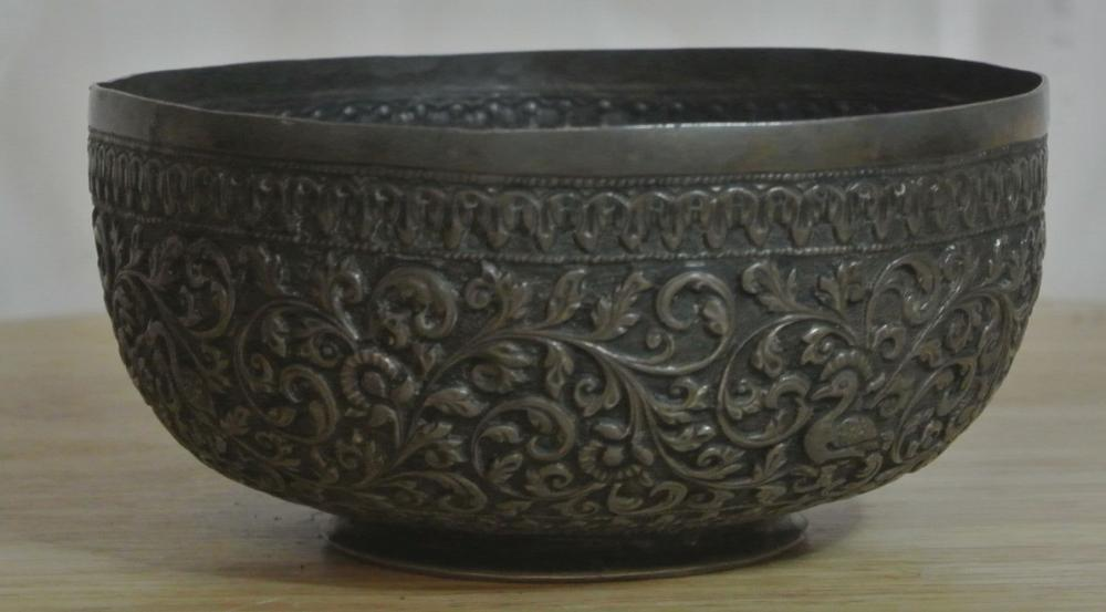 Lot 146: An antique white metal bowL