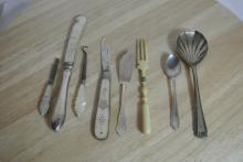Lot 172: A collection of various items