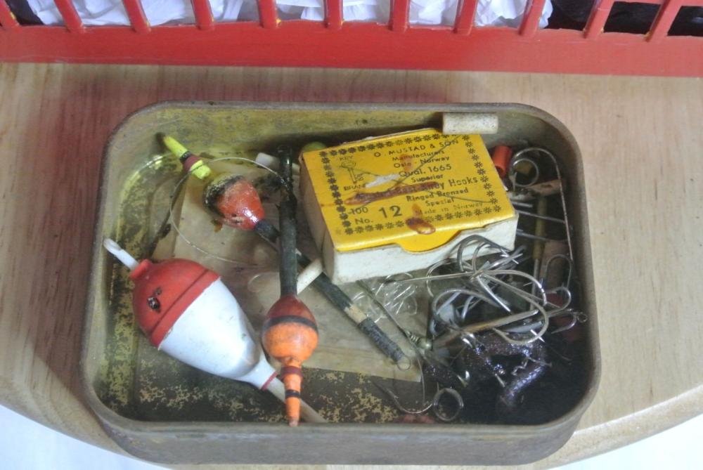 Lot 190: A collection of various fly fishing gear.
