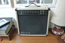 Lot 7: A Dean Markley K-75 amplifier.