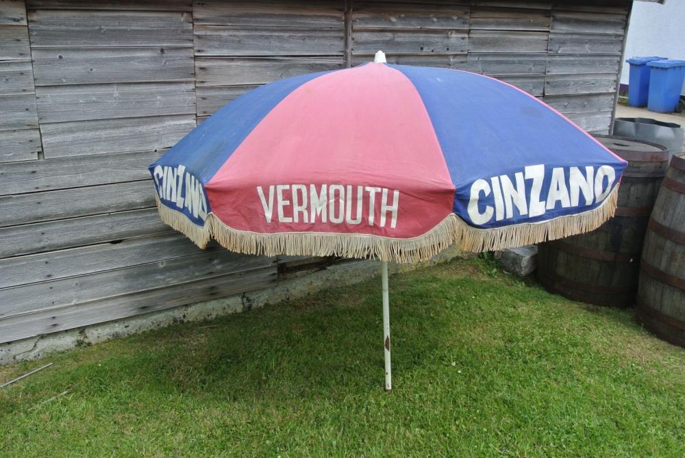 Lot 11: A vintage Cinzano Vermouth advertising garden umbrella.
