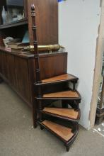 Lot 91: A set of antique style library steps.