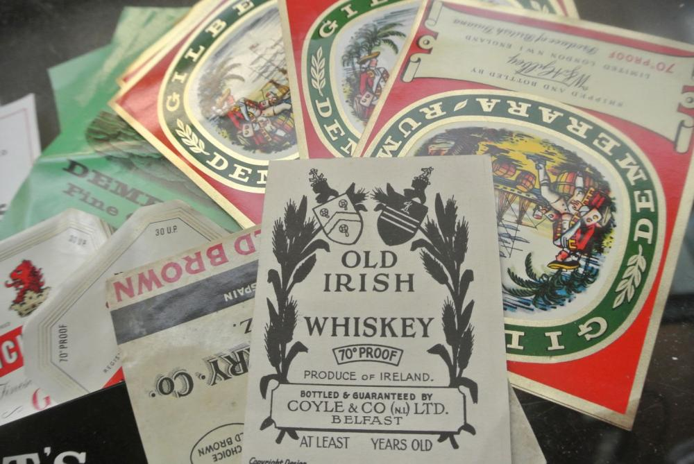 Lot 196: A large assortment of various unused whiskey/ spirit bottle labels.