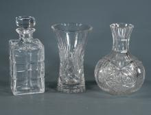 Square cut glass decanter with crystal stopper, 9