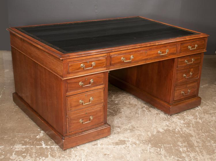 Chippendale style mahogany pedestal desk with fluted corners, moulded base and inset leather top with gold tooling, c.1900, 60