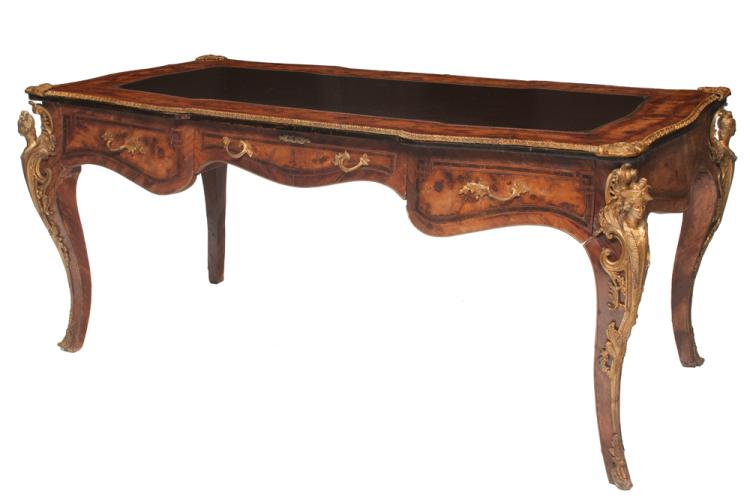 Fine Louis XV style walnut and burl walnut bureau plat with bronze mounts, bronze handles and inset leather top, 72
