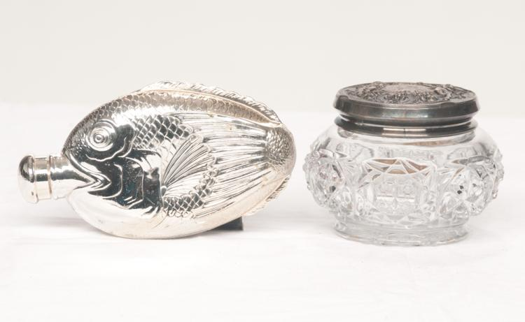 Oval English silver plated flask with fish decoration, 6.5
