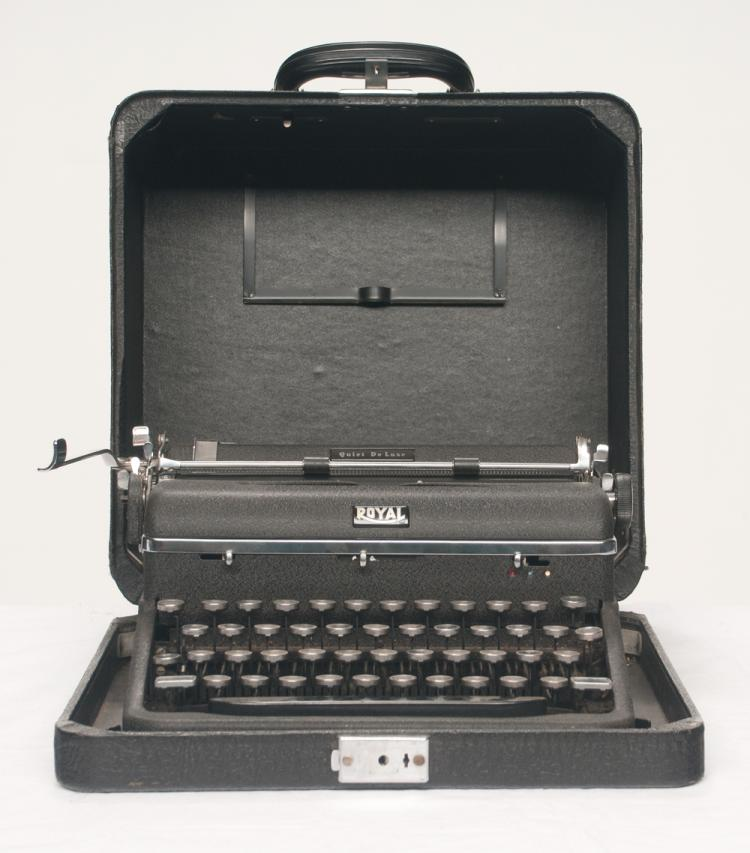 1940's Royal Quiet Deluxe typewriter that Tom T. Hall used to write his books and song lyrics before computers and word processing, serial # A-126654