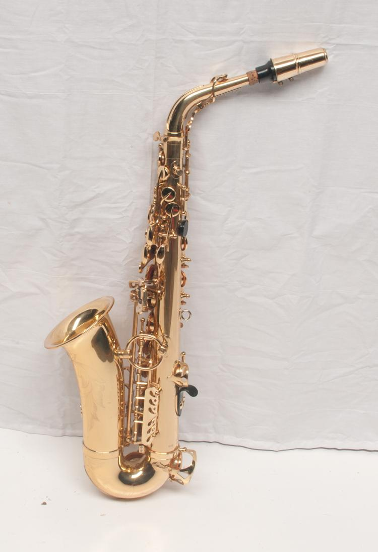 Saxaphone (Japan) Live Performance/Touring played by Tom T Hall, serial #880 001400183, in a fitted case