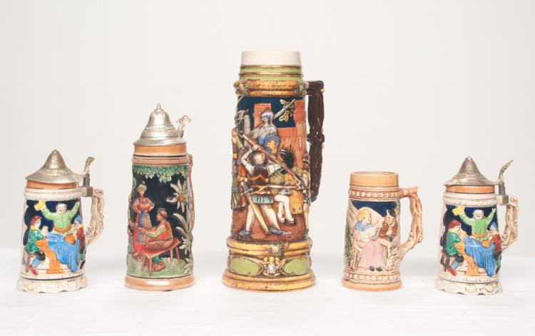 English beer stein with figural decoration in relief (no lid), 14.5