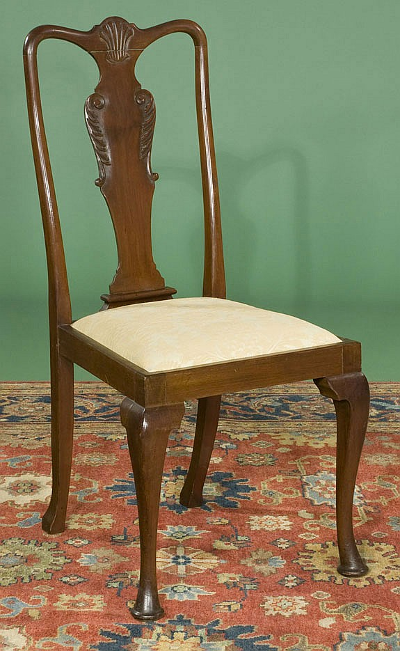 Eight Queen Anne Mahogany Dining Chairs, Queen Anne Mahogany Dining Chairs