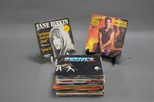 APPROX 40 COLLECTABLE 45s. Including Queen, Jane Birkin and Credence Clearwater Revival.