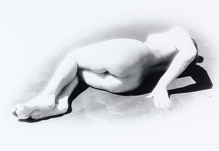 Künstlerphotographie - - Savua, Jan. Anathea III. Original-Photographie auf