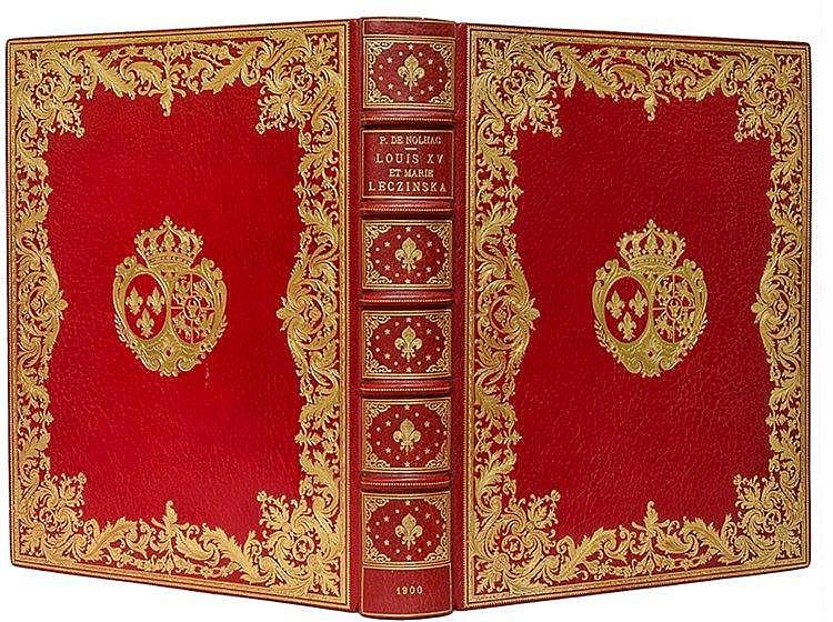Einbände - - Roter Maroquinband der Zeit auf 5 Bünden mit geprägtem Rückent
