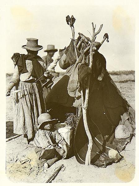 Peru - - Land und Leute in Peru. Album mit ca. 250 Original-Photographien.