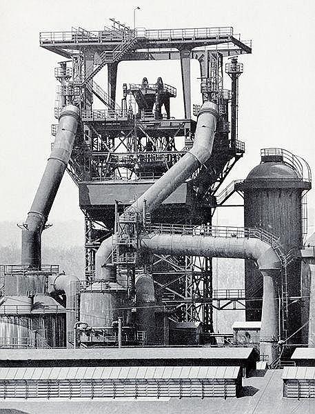 Photobücher - - Becher, Bernhard und Hilla. Anonyme Skulpturen. Eine Typolo
