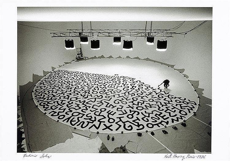 Künstlerphotographie - - Sichov, Vladimir. Keith Haring, Paris 1986. Origin