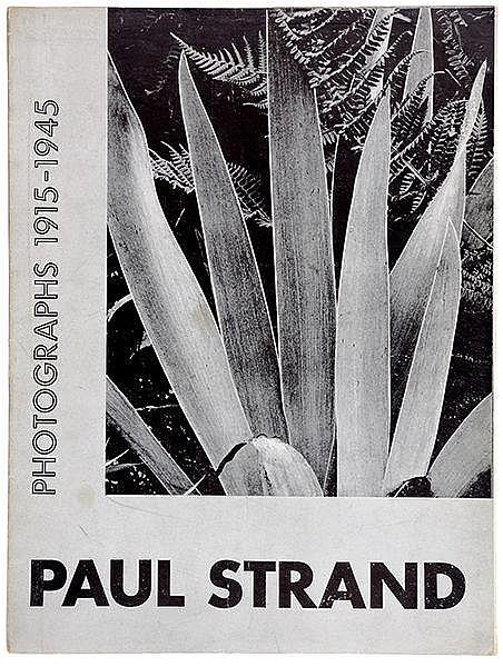 Photobücher - - Drei Kataloge des MoMA zu moderner Photographie. Mit zahlre
