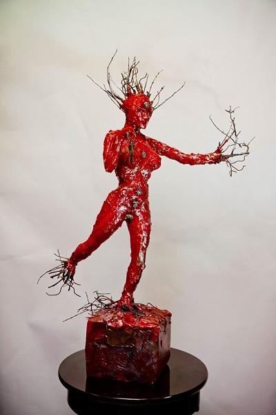Sculptures Made of Wood,Steel, Ceramic, Silver,Bronze & precious gems