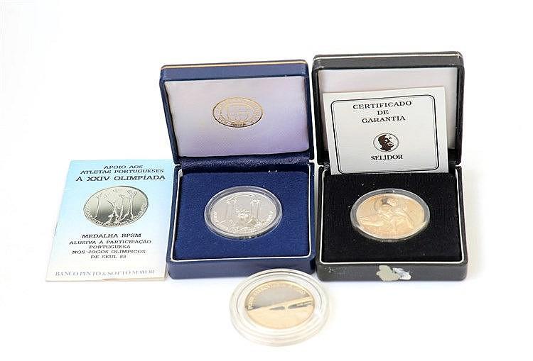 Portugal - Medal - 3 expl. Diversos temas séc. XX