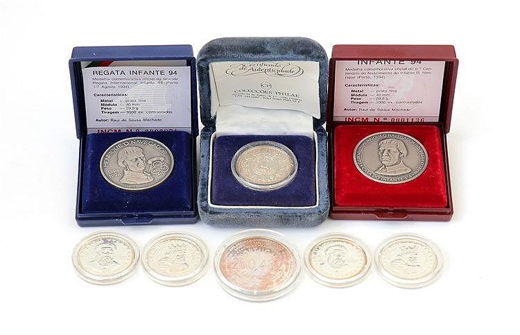 Portugal - Medal - 8 expl. Diversos temas séc. XX